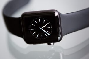 Best iOS Compatible Smartwatches for iPhone Users