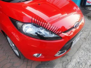 Best Eyelashes for Cars - Car Eyelashes Reviews